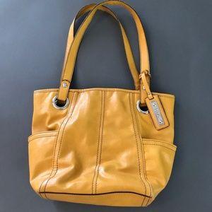 Relic Golden Yellow Medium Shoulder Bag Purse